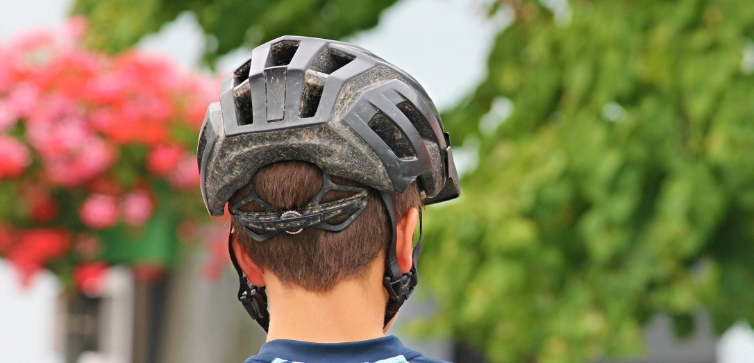 11594 [bicycle-helmet-2452192-1920-pixabay.jpg]
