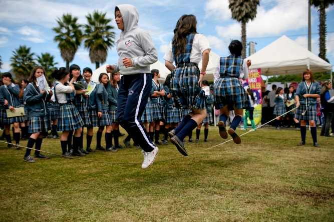 Students playing skipping games